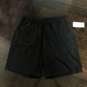 Old Navy Hybrid jogger shorts (New with tags)